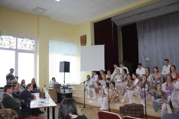 Tauragės Žalgirių gimnazijoje skambėjo festivalio dainos, skirtos Kovo 11-ajai