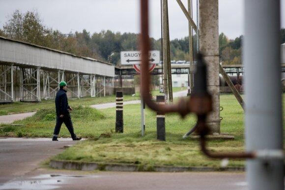 """Didžiausia Baltijos šalyse trąšų gamykla """"Achema"""": šimtai kilometrų elektros kabelių ir investuojami milijonai"""