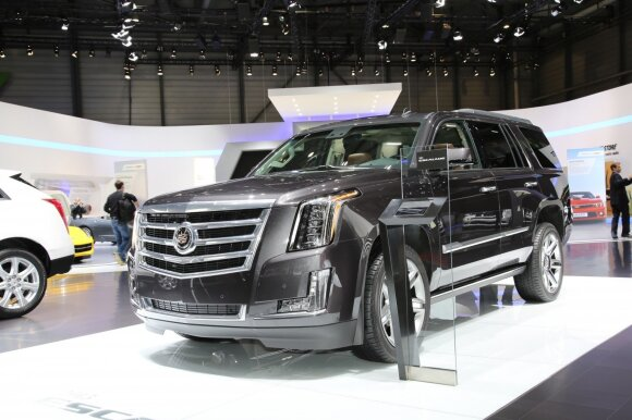 Suskaičiavo automobilius, kuriems gresia naujas mokestis: TOP10 markių
