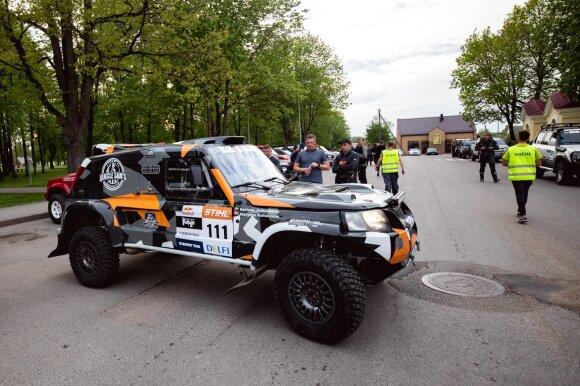 """Naujos Dakaro komandos treniruotės """"4X4 Perimetras"""" varžybose"""