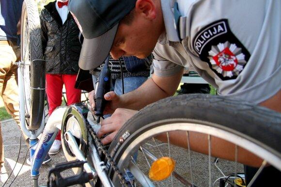 Vasaros sezono problema – dviračių vagystės