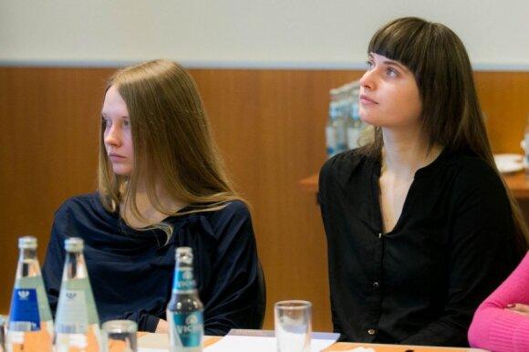 """""""Tušti narvai""""  vadovė Gabrielė Vaitkevičiūtė (kairėje)"""