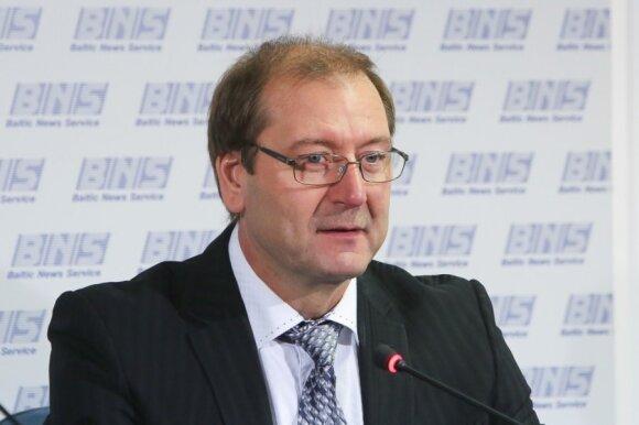 Atsistatydina švietimo ministras D. Pavalkis