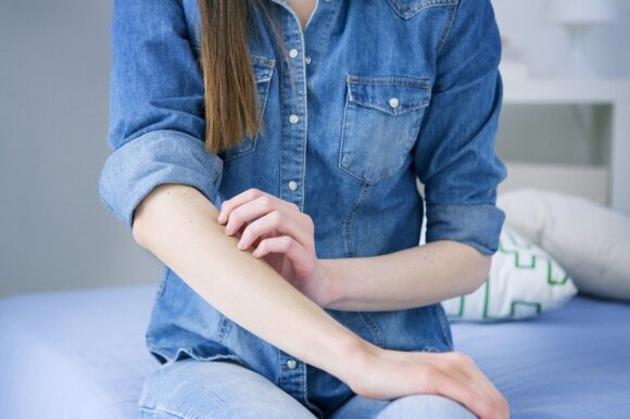 Atsakė, kada anginos operuoti nevertėtų: šalutinės pasekmės gali būti netikėtos