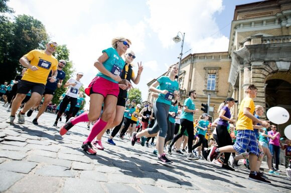 Klaidos kainavo skaudžiai: po masinio bėgimo dalyviai nugabenti į ligoninę