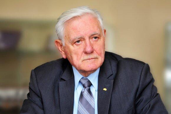 VDU Tarybos pirmininkas V. Adamkus
