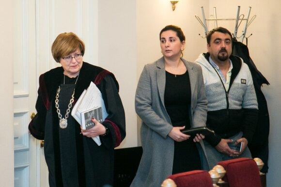 Teisėja Laureta Ulbienė, liudytoja Stasė Lukaševič ir Ivanas Beliavskis