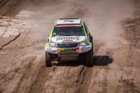 Dvyliktasis Dakaro etapas: ilgiausią išbandymą atlaikė visi Lietuvos ekipažai
