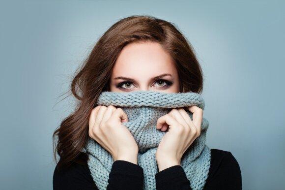 Kova su žiemos ligomis: ar vitaminas C išties veiksmingas, bei kiti mitai apie gripą ir peršalimą