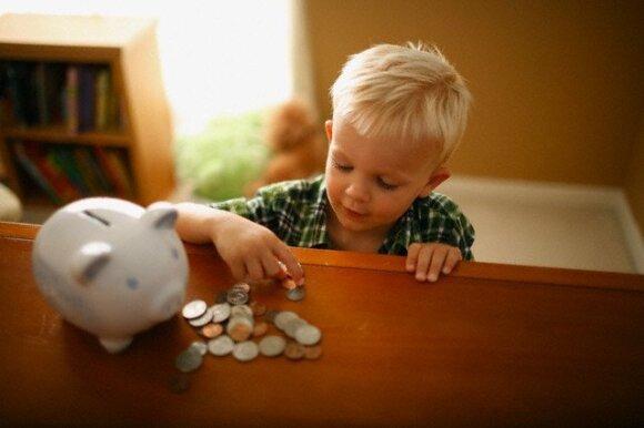 Vaiko pinigai kitose Europos šalyse: iki tokių sumų Lietuvai dar toli