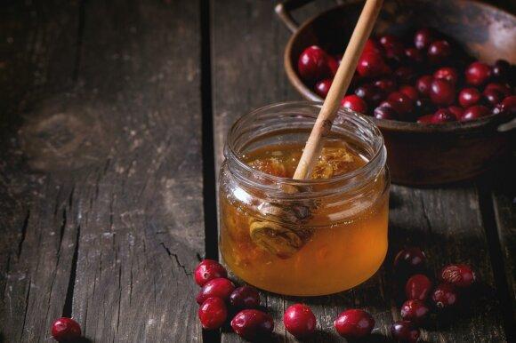 Nuo kavos iki burokėlių: aistrą kurstantys produktai-afrodiziakai
