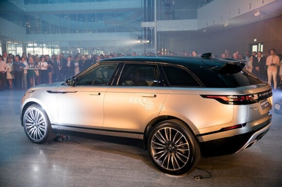 """Lietuvoje pasirodė naujausias """"Range Rover"""" kūrinys"""