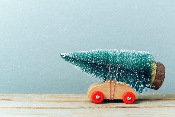 Kaip šventiškai dekoruoti automobilį