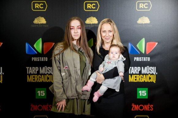 Neseniai dukros Frėjos susilaukusi Ineta Stasiulytė iškart grįžo į darbus: motinystė man yra visiškas atsipalaidavimas
