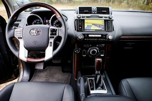 """Toyota Land Cruiser"""