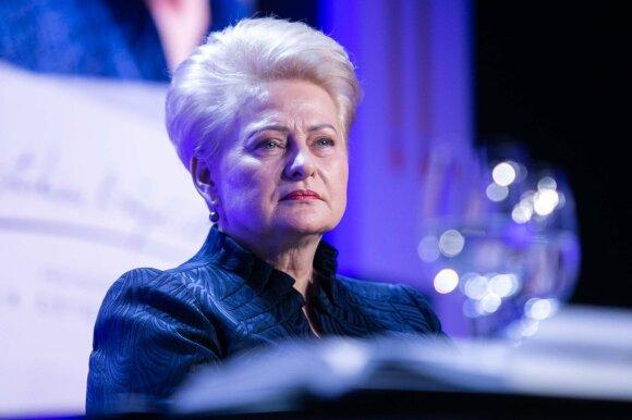 Po ilgos tylos Grybauskaitė prakalbo apie santykius su komanda bei ką būtų dariusi su Narkevičiumi