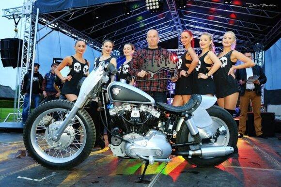"""Best Modified Harley –1971 m. Harley Davidson Ironhead. Autorius """"Tatomoto Garage"""", Kėdainiai"""