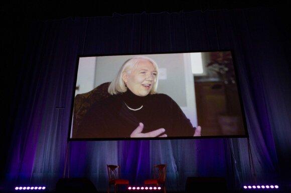 Foreli Kramarik, video pranešimas konferencijoje
