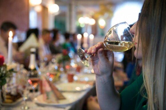 """Policija papasakojo, ką reiškia """"lietuviai geria mažiau"""": yra diena, kai pasimato tikroji situacija"""