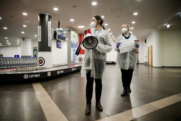 Vilniaus greitoji medikų apžiūrai perdavė dvi iš Kinijos grįžusias šeimas: pateikė instrukcijas, kurias būtina žinoti kiekvienam
