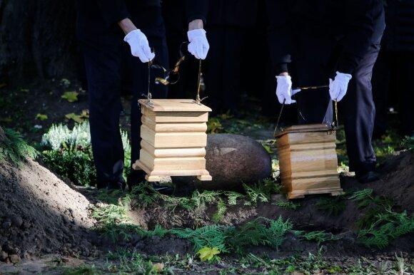 Gyvenimas su mirusiuoju: neaiški tvarka veda prie vaidų
