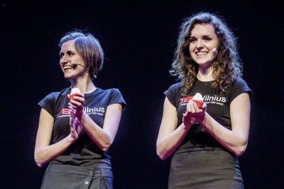 Šių metų TEDxVilnius renginys. Rūta Kruliauskaitė kairėje