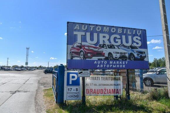 Mašinų turgus Panevėžyje