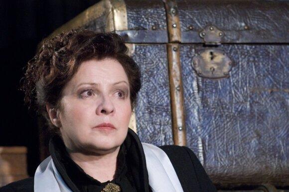 Virtualiame spektaklyje pasirodysianti teatro aktorė Eglė Gabrėnaitė nori tikėti stebuklais
