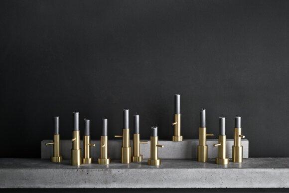 CANDLEHOLDER, Fritz Hansen, diz. Jaime Hayon - išskirtinio dizaino žvakidė, išraiškingai komunikuoti šiltus jausmus.
