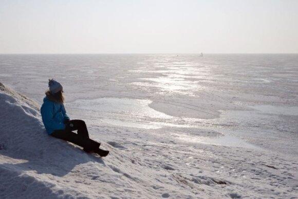 Estija žiemą – ledo sukaustyta ekstremalių pramogų karalystė
