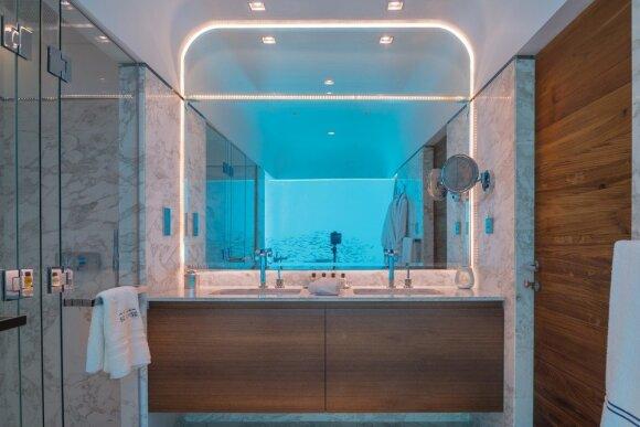 Užgniaužia kvapą: plūduriuojantys namai su vaizdu į koralinį rifą