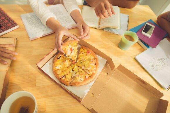 Mokosi ir valgo picą