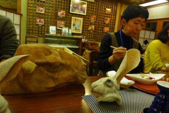 Vakarienė Tacuno restorane. Prof. Akiko Kasuja