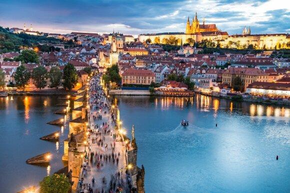 Europa net braška nuo keliautojų – ruoškitės dar vienai perteklinio turizmo vasarai