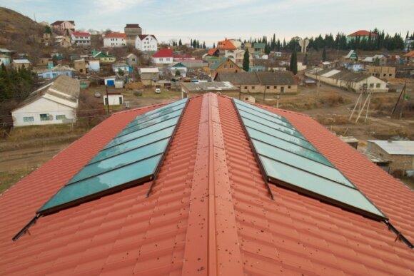 Užsidėti saulės baterijas ant stogo, ko gero, svajoja dažnas lietuvaitis