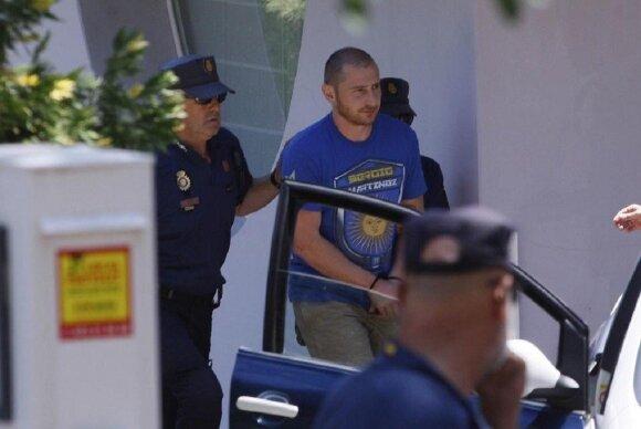 Stepanas Černoveckis suimamas Ispanijoje / Marc Marti (Diaridegirona) nuotr.