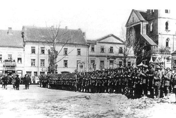 Jie padėjo apginti Lietuvos laisvę: pamiršti sąjungininkai, kuriems nėra net paminklo