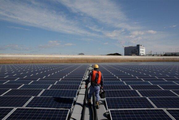 """""""Ibiden"""" Japonijoje esantis tiekėjas, kuris savo gamybai reikalinga energija 100 proc. apsirūpina iš plaukiojančios saulės jėgainės"""