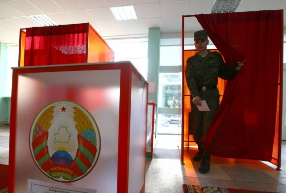 Apgaulingi A. Lukašenkos manevrai: Baltarusija gręžiasi nuo Rusijos