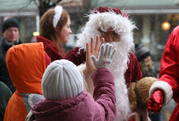 Tokio kainų šuolio nesitikėjo: Kalėdų senelis užsiprašė neregėto honoraro