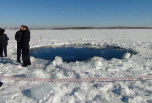 Čeliabinsko meteoras nukrito į ežerą