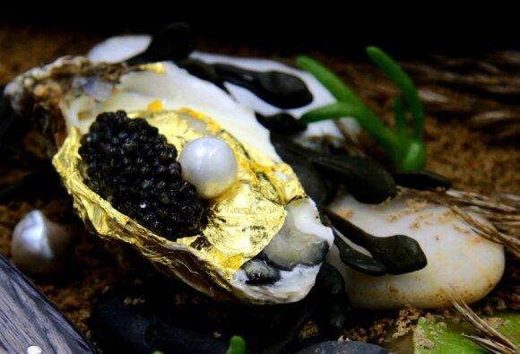 Šefas iš Italijos lietuviams siūlys austrių su 24 karatų auksu ir perlais