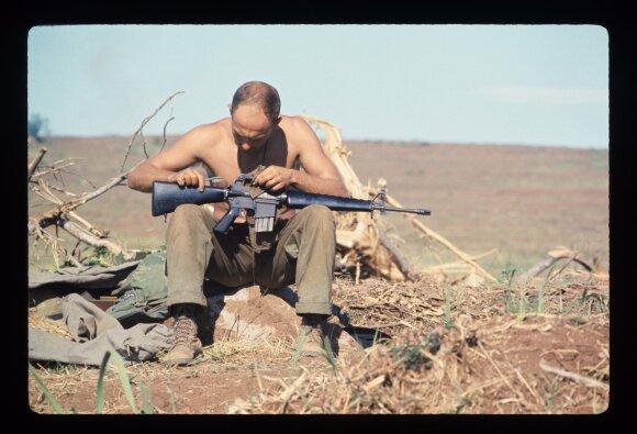 Karys su M16 Vietname
