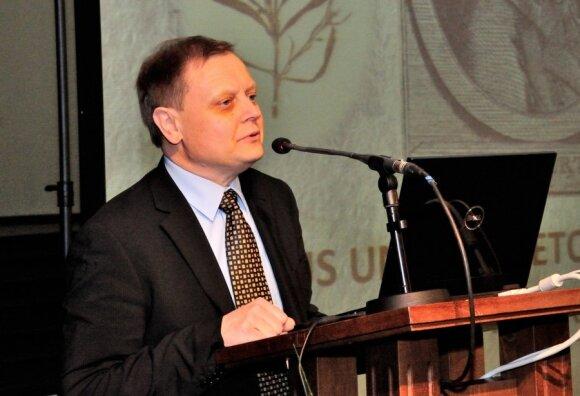 Prof. habilituotas dr. Osvaldas Rukšėnas