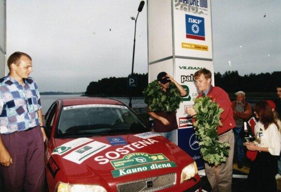 T.Makinenas Lietuvoje, 1998 m.
