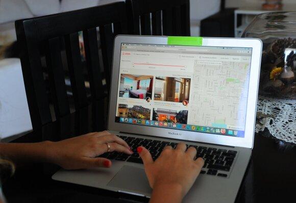 """""""Airbnb"""" verslo sėkmės istorija – ko tikėtis toliau?"""