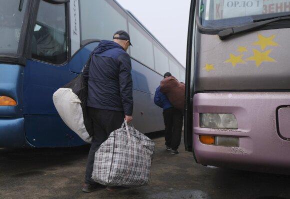 Ukraina ir separatistai pradėjo keistis kaliniais