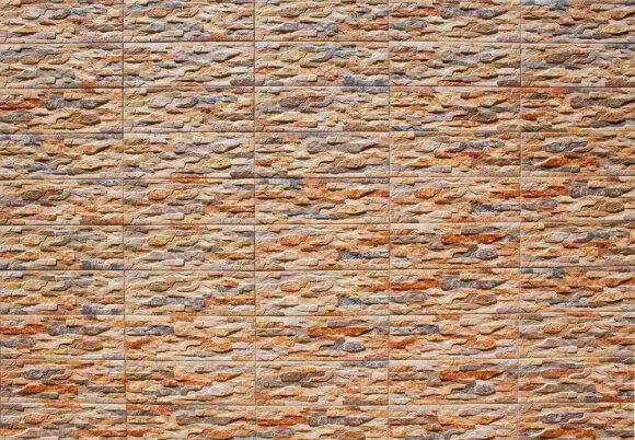 Aktualiausios plytelių tendencijos – akmuo ir žemės spalvos