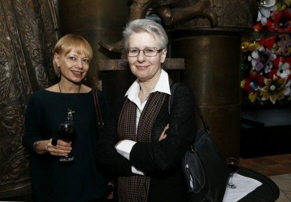 Lilija Ševcova (dešinėje)