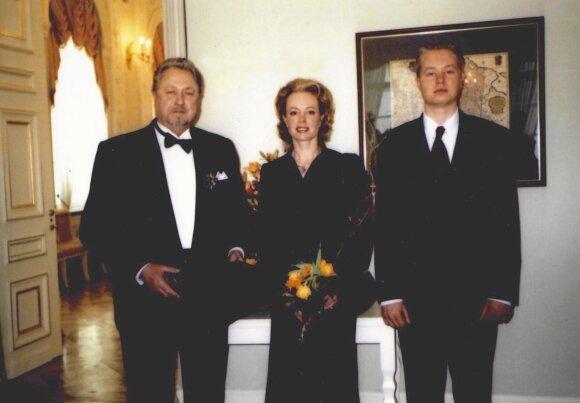 Virgilijus ir Loreta Noreikos su sūnumi Virgilijumi
